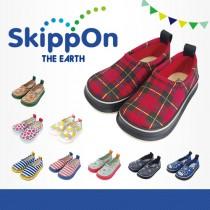 日本SkippOn─兒童休閒機能鞋〈百搭紅格紋〉